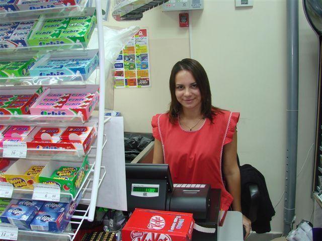 """ЭЛВЕС-ФР-К.  В магазине  """"Мираж и Ко """" установлено две POS-системы.  Автоматизация была выполнена отделом внедрения..."""